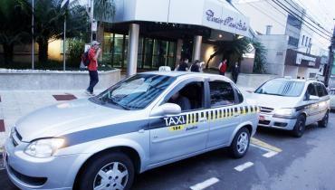 Jundiaí (SP): Taxistas ainda aguardam resposta da Setransp